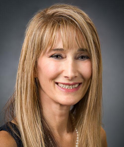 Julie Ennis